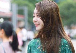 圆脸适合长发还是短发发型 短发白玫瑰修颜好长发红玫瑰更妩媚