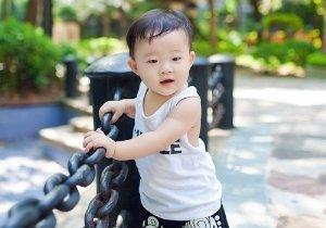 宝宝一周岁了剃什么发型帅气 男童显帅发型也会时不我待