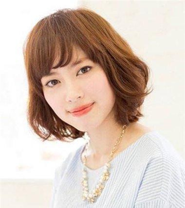 方脸适合的波波头发型 方脸波波头短发图片