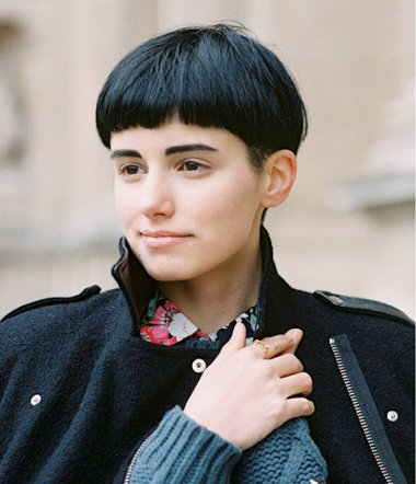 女性鬓角脱发图片 少女性剃鬓角比较帅的发型