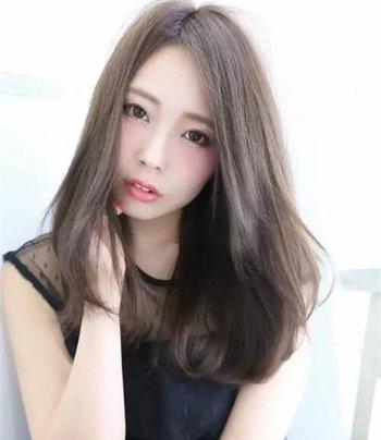 日本女生一刀切发型 女生一刀切中长发发型图片