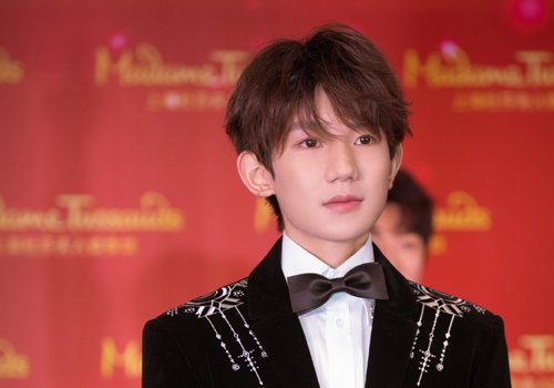 2021年男生斜刘海的几种设计 适合矮额头男生梳的热点刘海短发