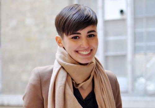 女生能用两侧剃掉的发型吗 酷女孩个性剃鬓角发型诱惑力max