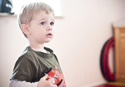 最简单男宝宝发型剪法不服不行 小男孩剪发方法何须视频有造型足够了