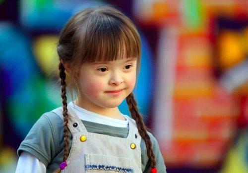 小孩子能自己梳什么头呢 儿童好看发型梳法大全自己扎不是梦