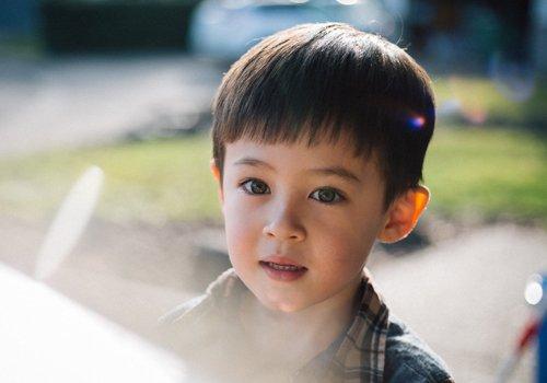 锅盖头是男孩传统且流行的短发设计 2021年男幼童锅盖头出新花样