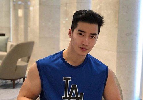 男生无刘海短发不等于背头发型 2021年男生没有刘海的短发造型了解下