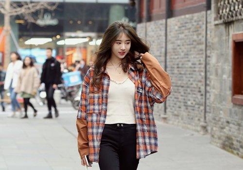 头型比较尖女生梳中分发型最适合 改变头型视觉做时尚温柔小仙女