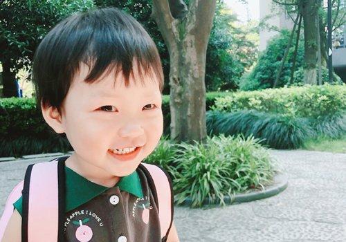 1到3岁女宝宝理短发的图片 小女孩日常可爱短发越简单越天真烂漫