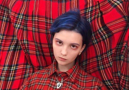 2021年非主流短发女生换发色看过来 前卫个性的染发颜色让你更出色