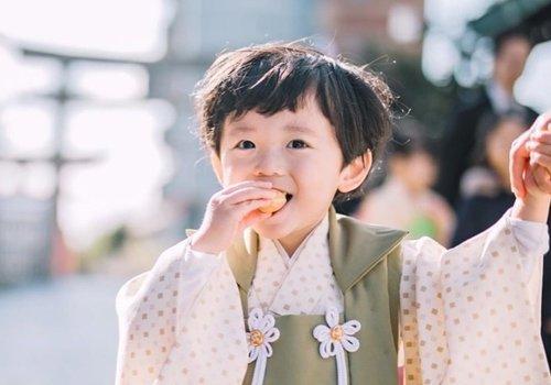 2周岁男宝宝头发不少了,get最新款男童可爱短发发型,都是帅气小正太