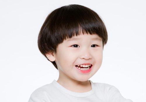 从三岁开始研究小男孩理发还不晚 男童头型怎么做有图片事半功倍